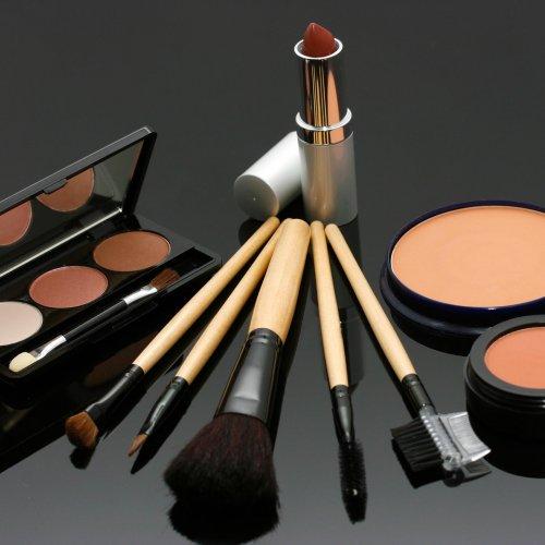 Kosmetyki i chemia gospodarcza – jak kupować, żeby nie zrujnować domowego budżetu?