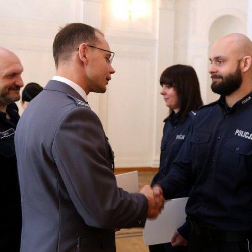 NAGRODY DLA NAJLEPSZYCH POLICJANTÓW I PRACOWNIKÓW CYWILNYCH