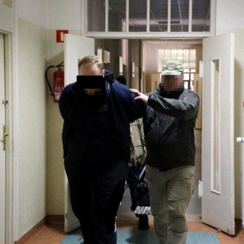MOGLI WPROWADZIĆ DO OBROTU PONAD 63 KG NARKOTYKÓW – POLICJANCI ROZBILI GRUPĘ PRZESTĘPCZĄ