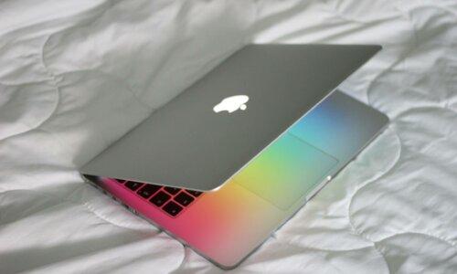 Jak naprawić usterki w Macbooku?